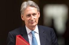 Bộ trưởng Tài chính Anh bác bỏ huy động ngân sách khẩn cấp