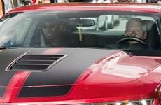 Cận cảnh tiền vệ Paul Pogba chính thức trở lại Manchester