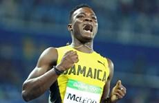 Omar McLeod giúp Jamaica tăng tốc trên BXH huy chương