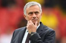 """Man United thua liên tiếp, Mourinho không còn là """"Người đặc biệt"""""""