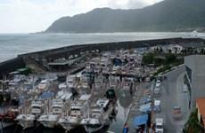 Đài Loan sơ tán hàng nghìn du khách trước khi bão Megi đổ bộ