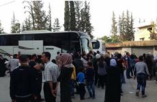 Hàng trăm phiến quân Syria sơ tán an toàn khỏi ngoại ô Damascus