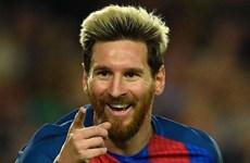 Messi lại ghi tên vào lịch sử sau hat-trick vào lưới Man City