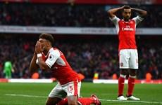 Premier League: Arsenal lên ngôi đầu sau trận cầu nhạt nhòa