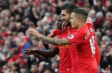 """Liverpool giành ngôi đầu từ tay Chelsea sau """"cơn mưa bàn thắng"""""""