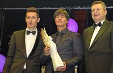 """HLV Joachim Löw được vinh danh là """"Huyền thoại thể thao"""""""