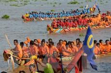 [Photo] Campuchia tổ chức Lễ hội đua thuyền trên sông Tonle Sap