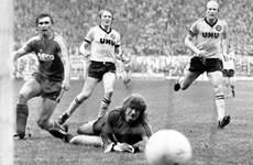 """Nhìn lại những trận cầu """"kinh điển"""" Dortmund - Bayern Munich"""