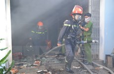Cháy lớn tại Nhà máy bia Xứ Thanh, thiêu rụi 10 bồn chứa bia