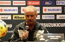 HLV Alfred Riedl nóng lòng đối đầu tuyển Việt Nam ở bán kết