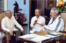 Lãnh tụ Cuba Fidel Castro với các vị lãnh đạo Việt Nam