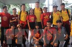 Người hâm mộ hân hoan chào đón đội tuyển Việt Nam trở về