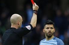 Aguero và Fernandinho nhận án phạt nặng vì hành vi phi thể thao