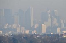 Pháp: Paris bị ô nhiễm không khí tồi tệ nhất trong vòng 10 năm
