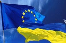 EU nhất trí việc hủy nhanh miễn thị thực đối với Ukraine, Gruzia