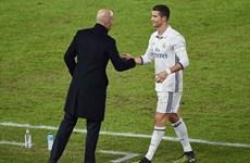 Ronaldo giành danh hiệu Vua phá lưới, Zidane lập kỷ lục mới