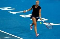 Tay vợt Petra Kvitova nhập viện sau khi bị tấn công bằng dao