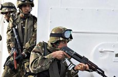 Algeria tiêu diệt hai phần tử nguy hiểm, thu giữ nhiều vũ khí