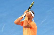 """Rafael Nadal thua sốc, Andy Murray """"đại chiến"""" Novak Djokovic"""