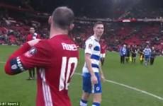 Cầu thủ Reading lên tiếng sau vụ từ chối đổi áo với Rooney