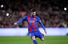 Messi san bằng kỷ lục ghi bàn của huyền thoại Ronald Koeman