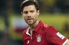 """Bayern Munich chiêu mộ """"bom tấn"""" thay thế vị trí của Alonso?"""