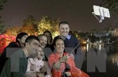 Người nước ngoài chia sẻ những cảm nhận về Tết Việt Nam
