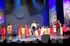 Cộng đồng người Việt tại Bỉ gặp mặt mừng Xuân Đinh Dậu