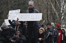 Pháp: Hàng nghìn người biểu tình phản đối bạo lực cảnh sát