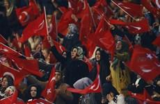 Thổ Nhĩ Kỳ vận động người dân ủng hộ dự luật sửa đổi Hiến pháp