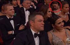 Người đẹp Chrissy Teigen vô tư ngủ tại lễ trao giải Oscar