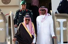 Quốc vương Saudi Arabia mang 459 tấn hành lý khi đến Indonesia