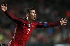 Cận cảnh Cris Ronaldo lập cú đúp, cán mốc lịch sử tại châu Âu
