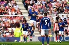 Ibrahimovic tỏa sáng đưa Manchester United trở lại tốp 5