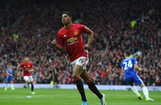 Herrera và Rashford tỏa sáng, Manchester United hạ gục Chelsea