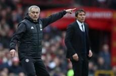 Trong một cuộc chiến, Jose Mourinho vẫn hay hơn Antonio Conte