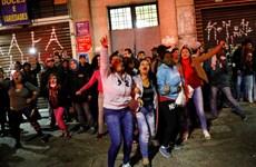 Brazil: Biểu tình phản đối chính sách khắc khổ biến thành bạo loạn
