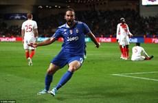 Gonzalo Higuain lập cú đúp, Juventus rộng cửa vào chung kết