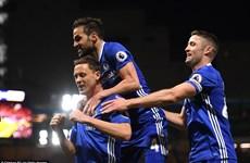 Đẩy Boro xuống hạng, Chelsea chỉ cách chức vô địch đúng 1 trận