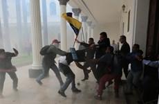 Venezuela: Trụ sở quốc hội bị tấn công, nhiều nghị sỹ bị thương