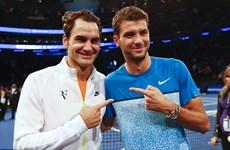 "Wimbledon: Federer đối đầu ""tiểu Federer,"" Wozniacki thoát hiểm"