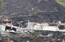 Xe đi hành hương gặp nạn, ít nhất 23 người thiệt mạng