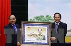 Thủ tướng ký phát hành Bộ tem đặc biệt Đại tướng Võ Nguyên Giáp