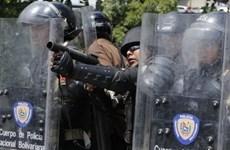 Băng nhóm tội phạm ở Venezuela đấu súng, gần 30 người thương vong