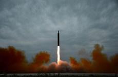 Hàn Quốc: Triều Tiên giảm tầm bắn tên lửa bay qua Nhật Bản