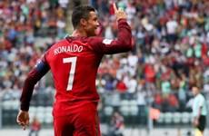 Cận cảnh Ronaldo lập hat-trick, giúp Bồ Đào Nha thắng hủy diệt