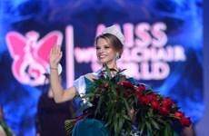 Nữ sinh viên Belarus đăng quang Hoa hậu ngồi xe lăn thế giới
