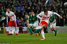 Cận cảnh Thụy Sĩ giành ưu thế trước Bắc Ireland ở vòng play-off