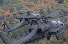 Hàn Quốc tập trận bắn tên lửa từ máy bay trực thăng Apache