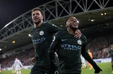 Manchester City thiết lập hai kỷ lục mới, Arsenal thắng nhọc nhằn